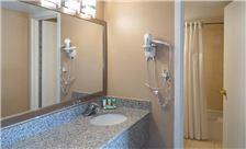 two-bedroom-suite-th-11.jpg