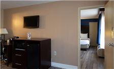 two-bedroom-suite-th-3.jpg