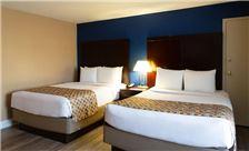 two-bedroom-suite-th-5.jpg